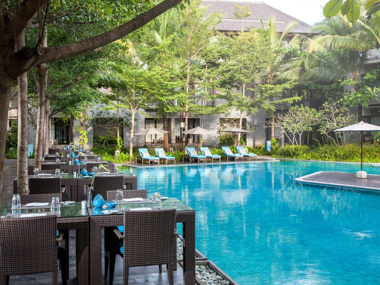 Marriott's Bali Nusa Dua Gardens MoMo Café. Marriott's Bali Nusa Dua Gardens is located in Nusa Dua,  Indonesia.