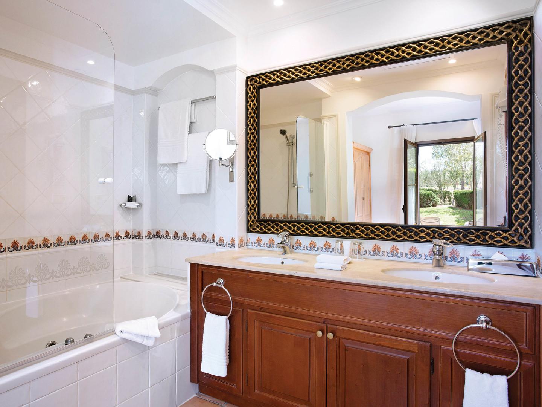 Marriott's Club Son Antem Villa Master Bathroom. Marriott's Club Son Antem is located in Mallorca,  Spain.