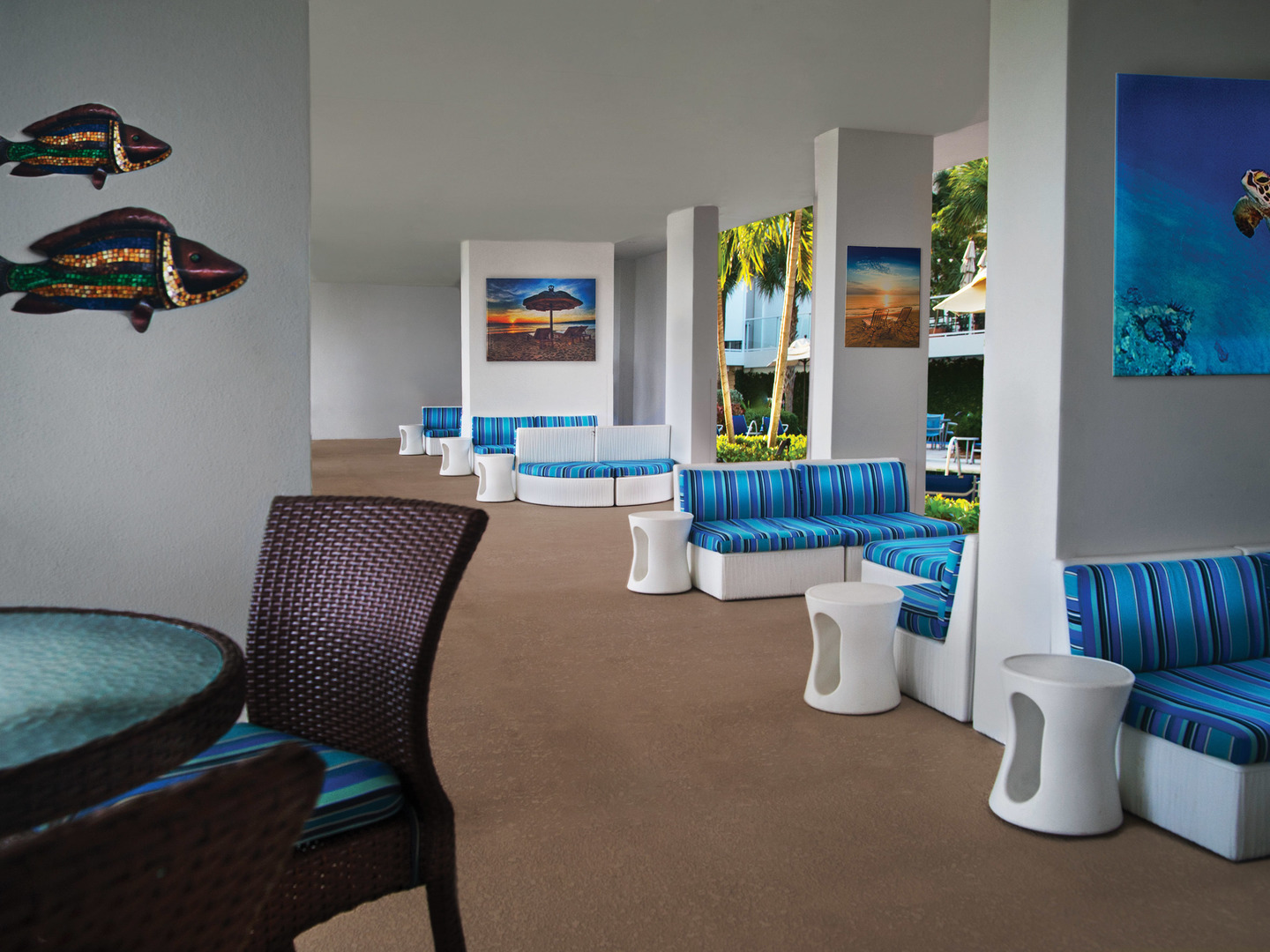 Marriott's Crystal Shores The Breezeway. Marriott's Crystal Shores is located in Marco Island, Florida United States.