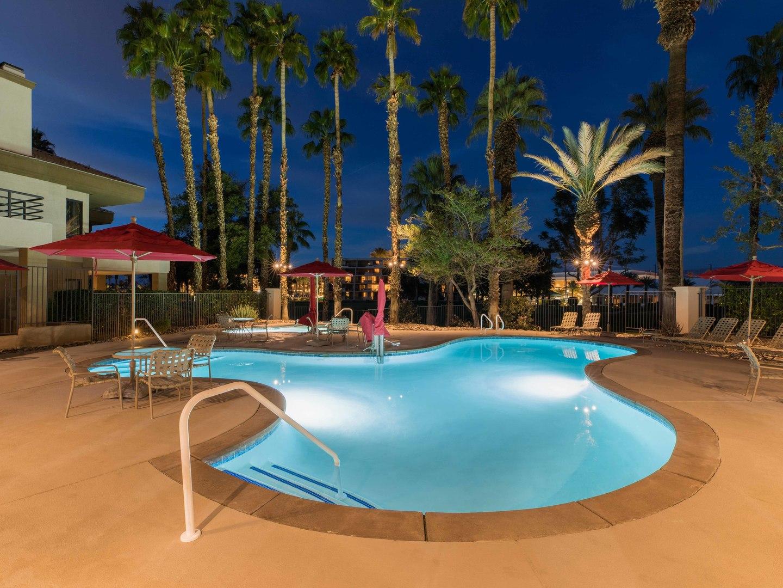 Marriott's Desert Springs Villas Pool. Marriott's Desert Springs Villas is located in Palm Desert, California United States.