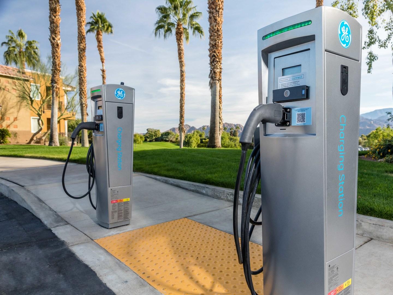 Marriott's Desert Springs Villas Charging Station. Marriott's Desert Springs Villas is located in Palm Desert, California United States.