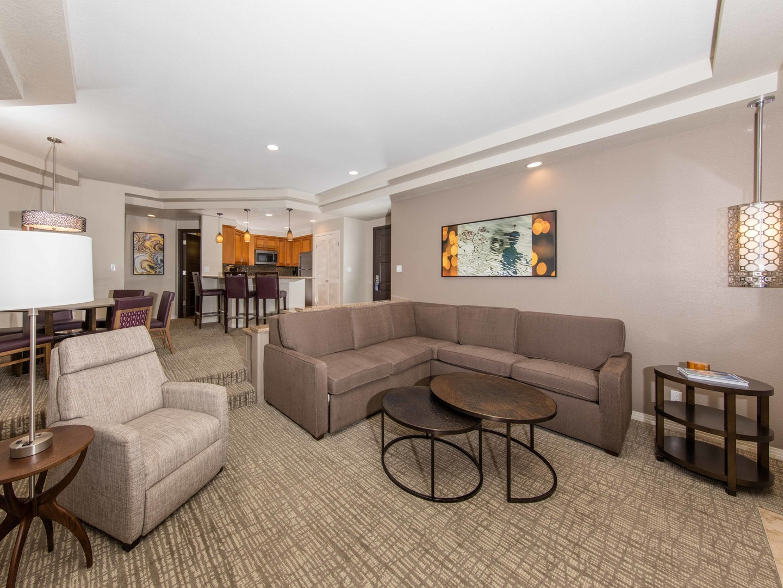 Marriott's Desert Springs Villas Villa Living Room. Marriott's Desert Springs Villas is located in Palm Desert, California United States.