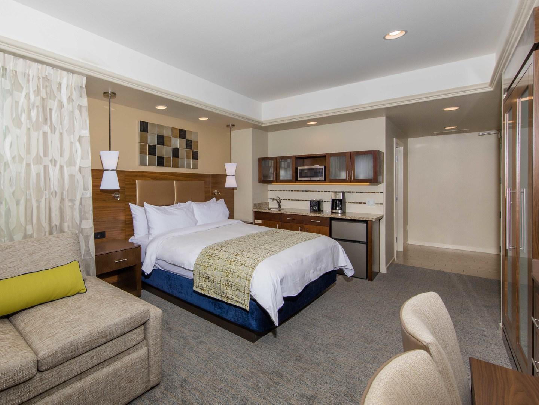 Marriott's Desert Springs Villas II Villa Guest Bedroom. Marriott's Desert Springs Villas II is located in Palm Desert, California United States.