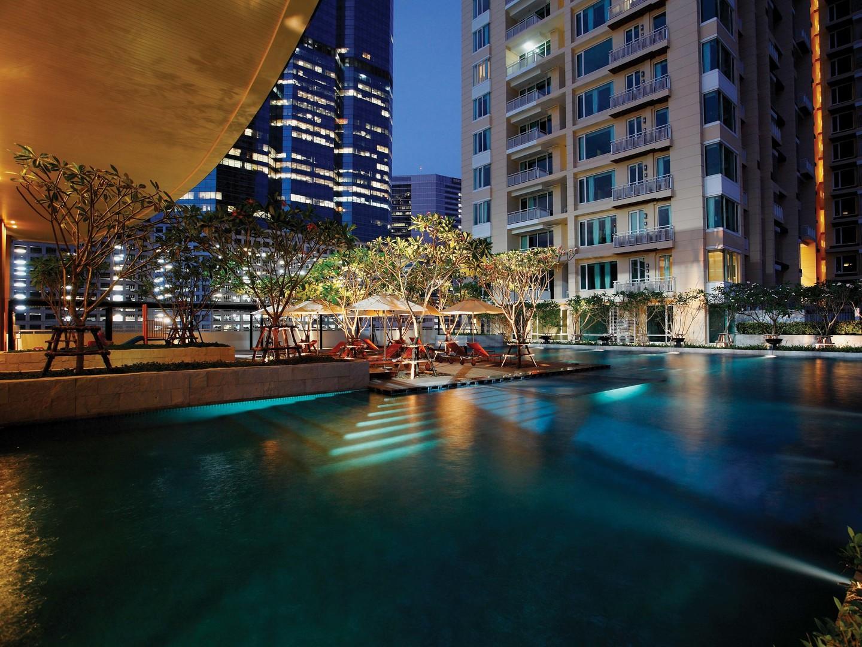 Marriott Vacation Club<span class='trademark'>®</span> at The Empire Place<span class='trademark'>©</span> Exterior/Pool. Marriott Vacation Club<span class='trademark'>®</span> at The Empire Place<span class='trademark'>©</span> is located in Yannawa, Sathorn, Bangkok Thailand.