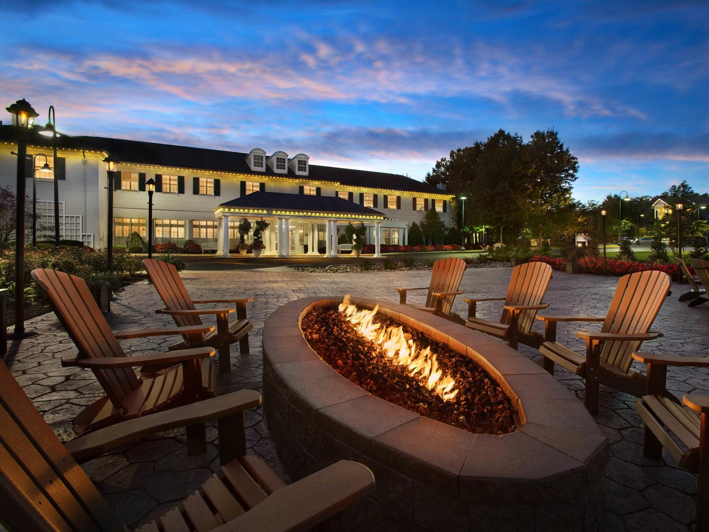 Marriott's Fairway Villas Fire Pit. Marriott's Fairway Villas is located in Galloway, New Jersey United States.