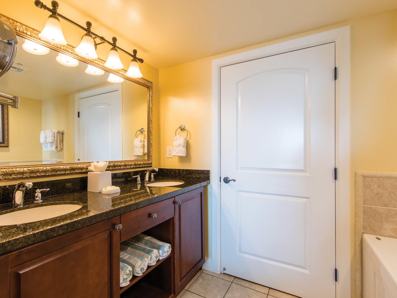 Marriott's Frenchman's Cove Villa Master Bathroom. Marriott's Frenchman's Cove is located in St. Thomas, US Virgin Islands United States.
