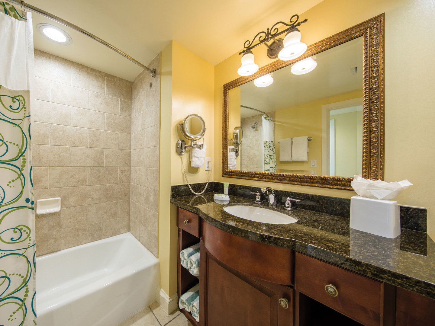 Marriott's Frenchman's Cove Villa Guest Bathroom. Marriott's Frenchman's Cove is located in St. Thomas, US Virgin Islands United States.
