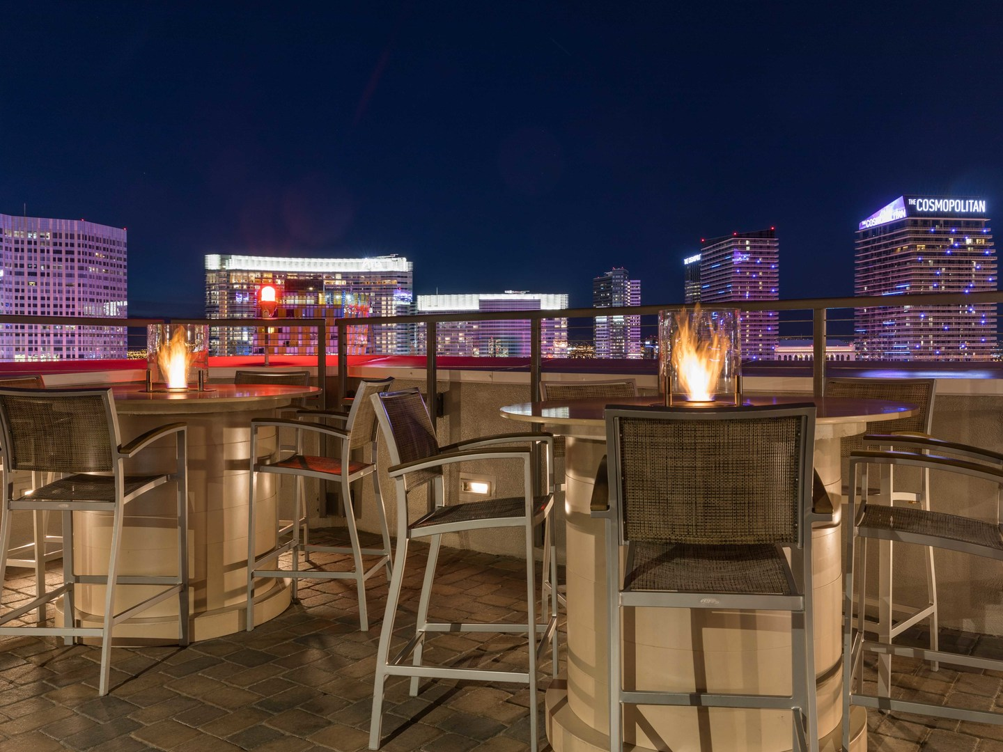 Marriott's Grand Chateau<span class='trademark'>®</span> SkyBar 38/Roof Top Pool/Lounge Area. Marriott's Grand Chateau<span class='trademark'>®</span> is located in Las Vegas, Nevada United States.