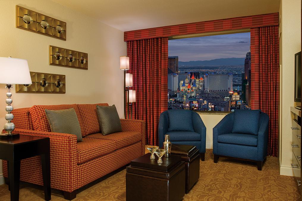 Marriott's Grand Chateau<span class='trademark'>®</span> 1-Bedroom/Living Room (Tower 1). Marriott's Grand Chateau<span class='trademark'>®</span> is located in Las Vegas, Nevada United States.