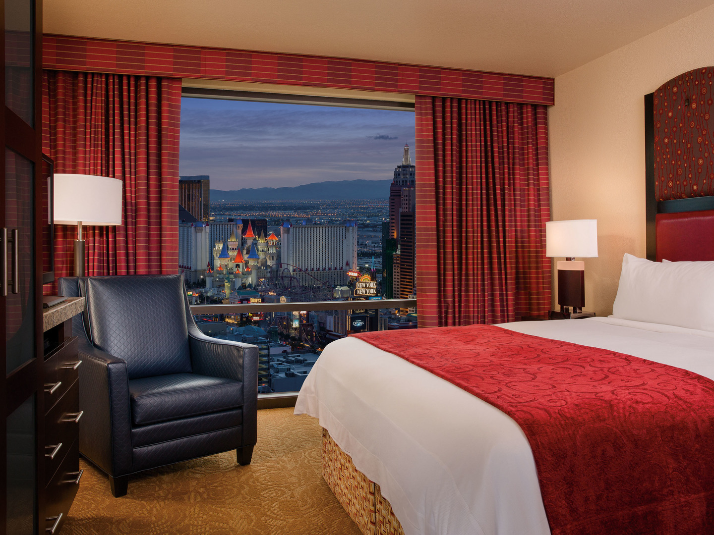 Marriott's Grand Chateau<span class='trademark'>®</span> 1-Bedroom/Bedroom (Tower 3). Marriott's Grand Chateau<span class='trademark'>®</span> is located in Las Vegas, Nevada United States.