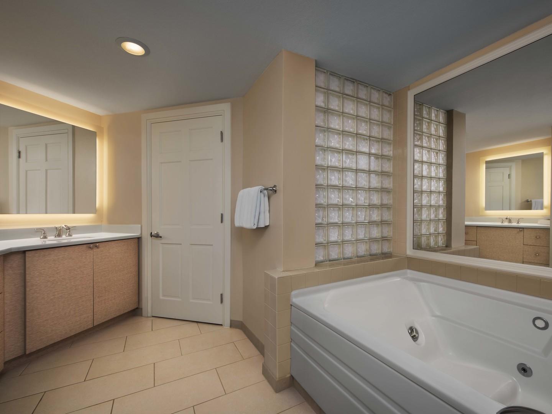 Marriott's Grande Ocean Villa Master Bathroom. Marriott's Grande Ocean is located in Hilton Head Island, South Carolina United States.