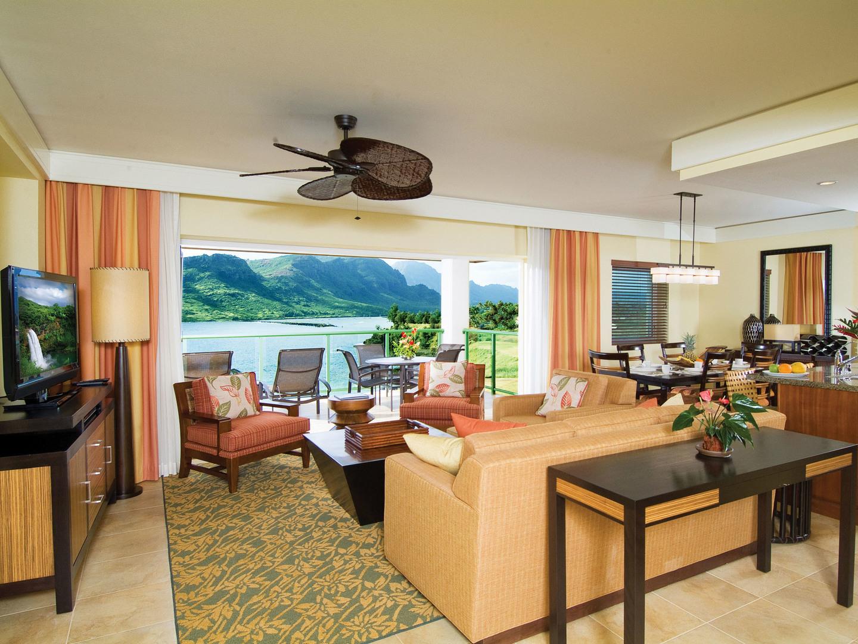 Marriott's Kaua'i Lagoons – Kalanipu'u Villa Living Room/Dining Room. Marriott's Kaua'i Lagoons – Kalanipu'u is located in Līhuʻe, Kaua'i, Hawai'i United States.