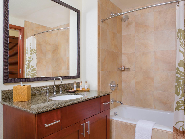 Marriott's Kaua'i Lagoons – Kalanipu'u Villa Guest Bathroom. Marriott's Kaua'i Lagoons – Kalanipu'u is located in Līhuʻe, Kaua'i, Hawai'i United States.