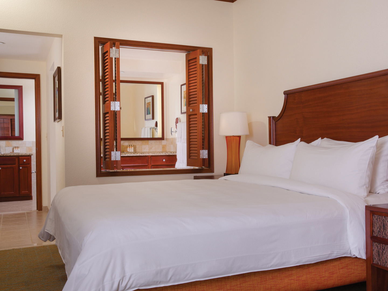 Marriott's Ko Olina Beach Club Master Bedroom (Kona Villa). Marriott's Ko Olina Beach Club is located in Kapolei, O'ahu, Hawai'i United States.