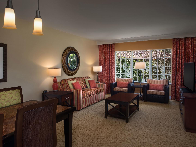Marriott's Lakeshore Reserve 3-Bedroom Villa Living Room. Marriott's Lakeshore Reserve is located in Orlando, Florida United States.