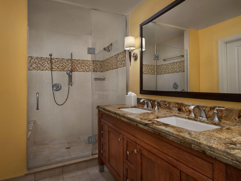 Marriott's Lakeshore Reserve 2-Bedroom Villa Master Bathroom. Marriott's Lakeshore Reserve is located in Orlando, Florida United States.