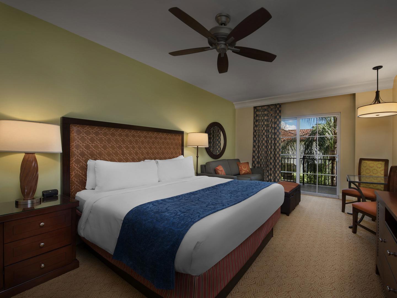 Marriott's Lakeshore Reserve 3-Bedroom Villa Master Bedroom. Marriott's Lakeshore Reserve is located in Orlando, Florida United States.