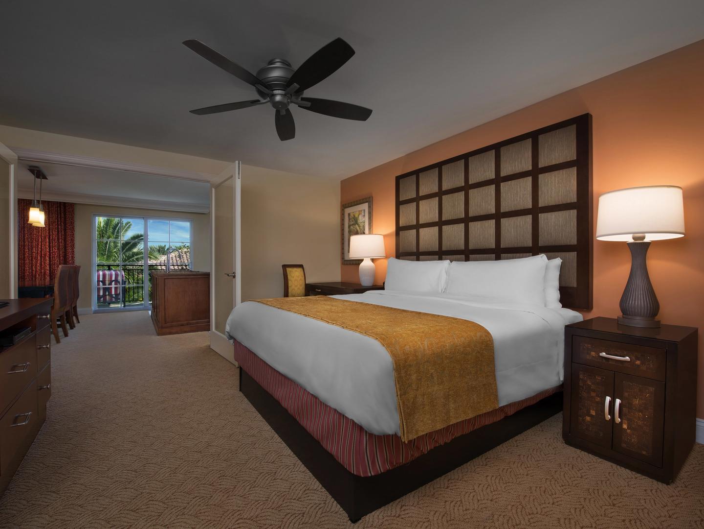 Marriott's Lakeshore Reserve Villa Master Bedroom. Marriott's Lakeshore Reserve is located in Orlando, Florida United States.