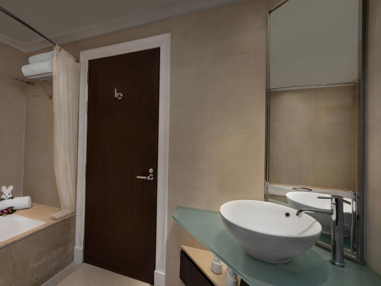 Marriott's Mai Khao Beach — Phuket Apartment Guest Bathroom. Marriott's Mai Khao Beach — Phuket is located in Mai Khao, Talang, Phuket Thailand.