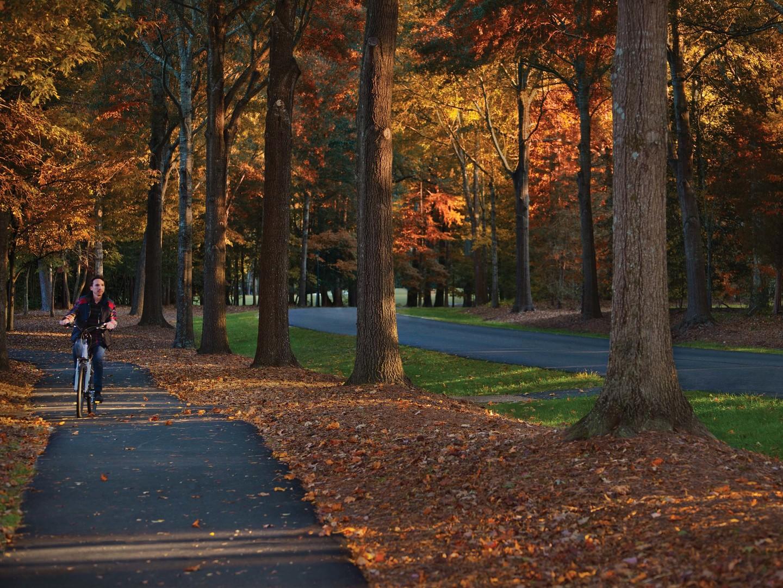 Marriott's Manor Club Resort Bicycle Path. Marriott's Manor Club is located in Williamsburg, Virginia United States.