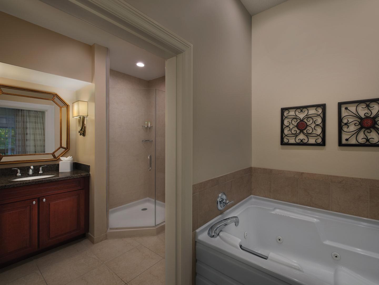 Marriott's Manor Club 1-Bedroom Villa Master Bathroom. Marriott's Manor Club is located in Williamsburg, Virginia United States.