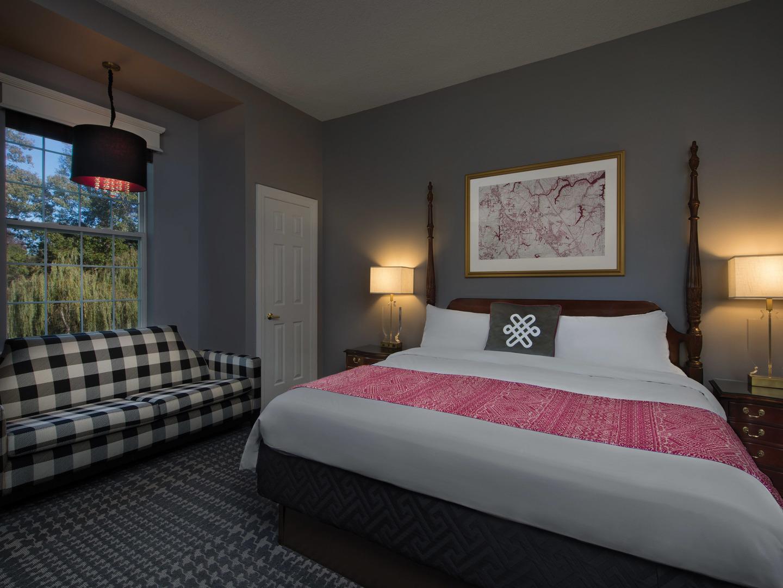 Marriott's Manor Club 2-Bedroom Villa Guest Bedroom. Marriott's Manor Club is located in Williamsburg, Virginia United States.