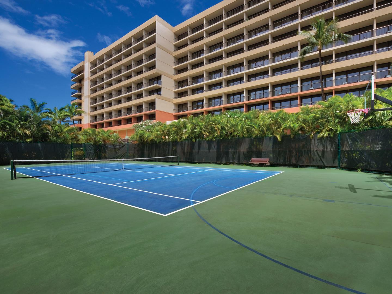 Marriott's Maui Ocean Club - Molokai, Maui, and Lanai Towers Tennis and Basketball. Marriott's Maui Ocean Club - Molokai, Maui, and Lanai Towers is located in Lāhainā, Maui, Hawai'i United States.