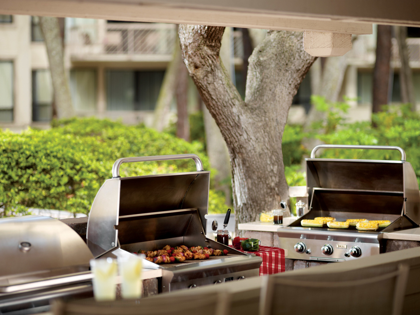 Marriott's Monarch Grills. Marriott's Monarch is located in Hilton Head Island, South Carolina United States.