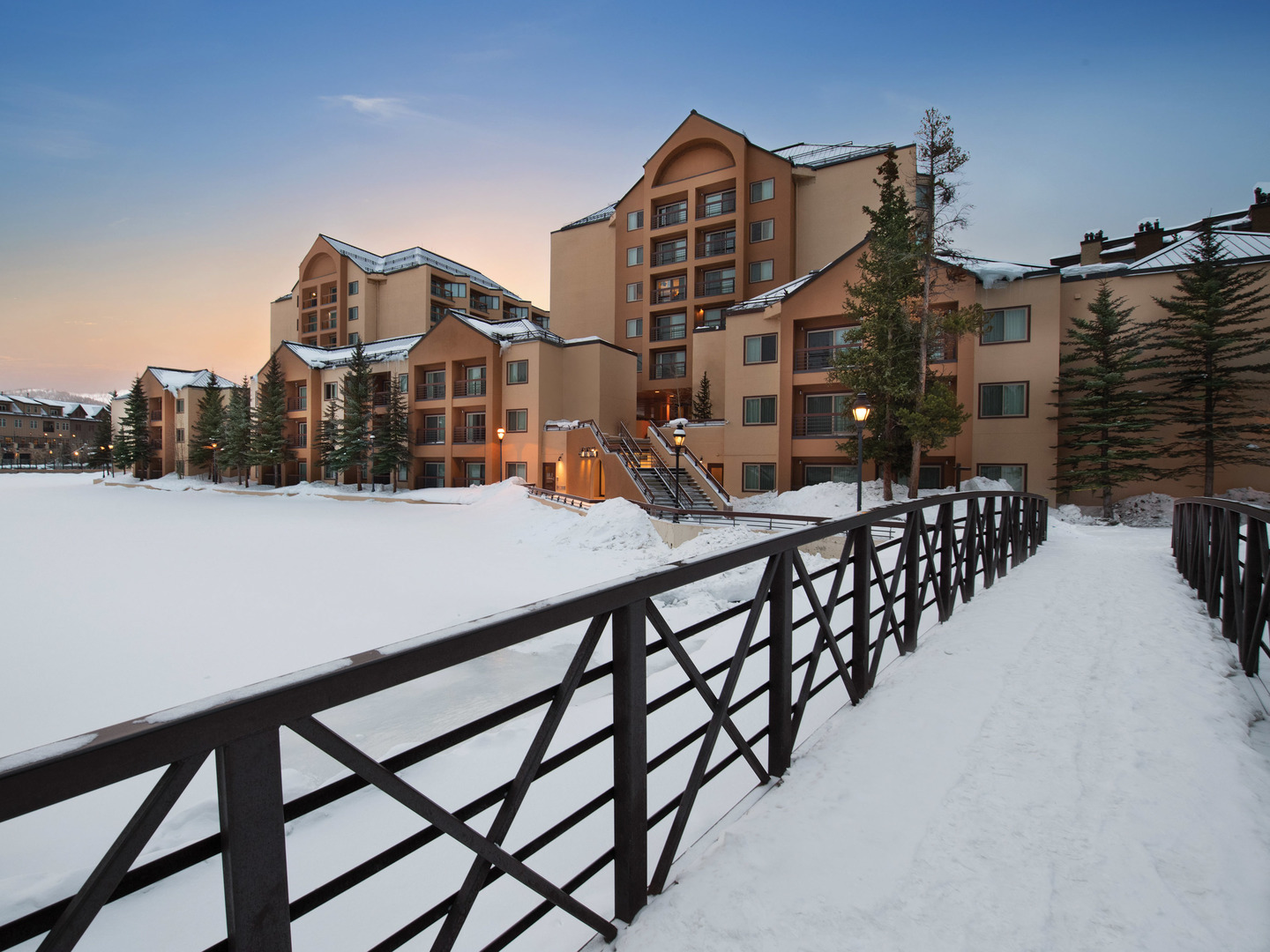 Marriott's Mountain Valley Lodge Exterior. Marriott's Mountain Valley Lodge is located in Breckenridge, Colorado United States.