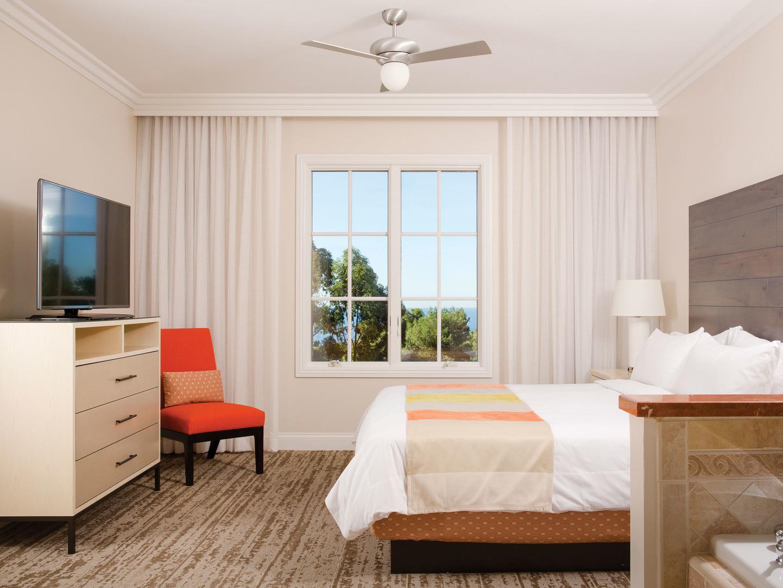 Marriott's Newport Coast<span class='trademark'>®</span> Villas Villa Master Bedroom. Marriott's Newport Coast<span class='trademark'>®</span> Villas is located in Newport Coast, California United States.