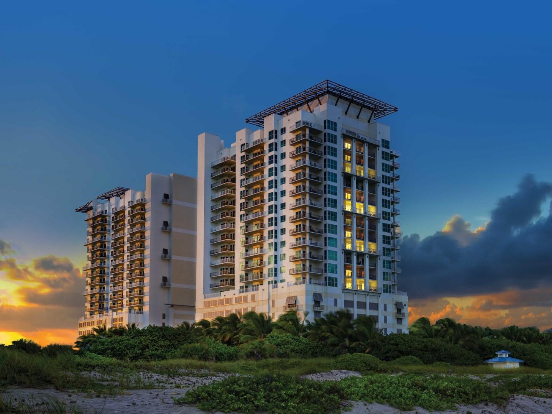 Marriott's Oceana Palms Beachfront Resort Exterior. Marriott's Oceana Palms is located in Riviera Beach, Florida United States.