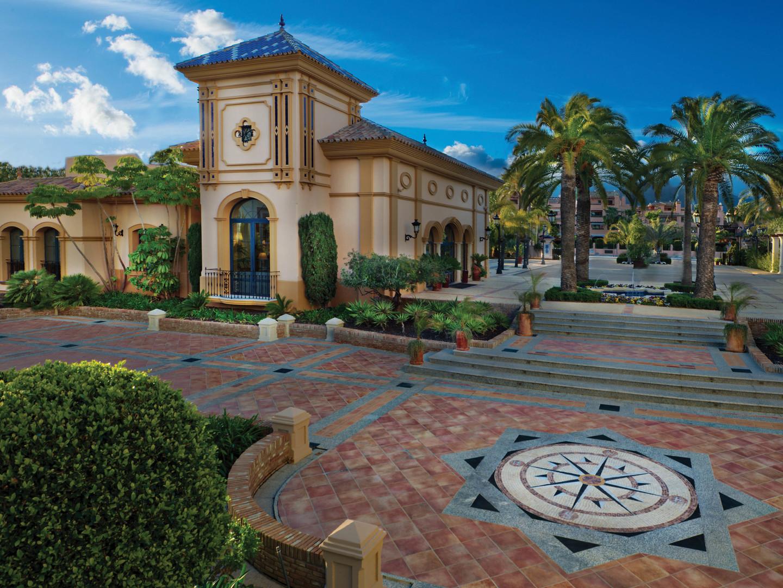 Marriott's Playa Andaluza Exterior. Marriott's Playa Andaluza is located in Estepona, Malaga Spain.