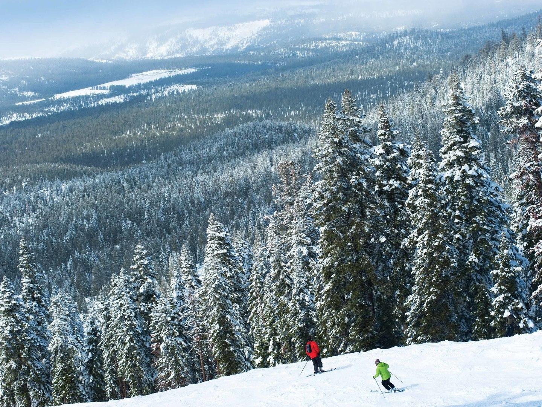 The Ritz-Carlton Club<span class='trademark'>®</span>, Lake Tahoe Skiing. The Ritz-Carlton Club<span class='trademark'>®</span>, Lake Tahoe is located in Truckee, California United States.