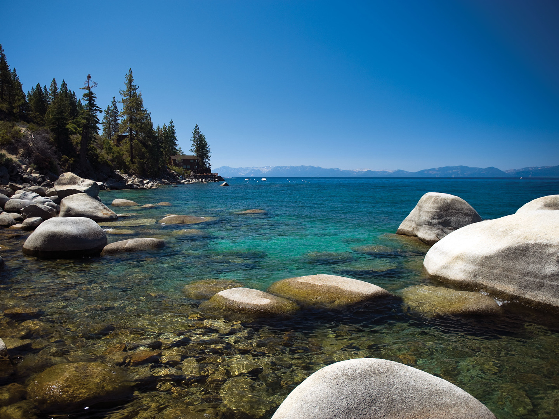 The Ritz-Carlton Club<span class='trademark'>®</span>, Lake Tahoe Lake Tahoe. The Ritz-Carlton Club<span class='trademark'>®</span>, Lake Tahoe is located in Truckee, California United States.