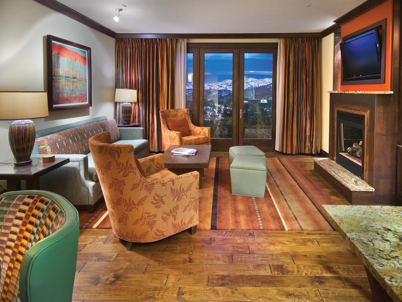 The Ritz-Carlton Club<span class='trademark'>®</span>, Lake Tahoe Residence Living Room. The Ritz-Carlton Club<span class='trademark'>®</span>, Lake Tahoe is located in Truckee, California United States.