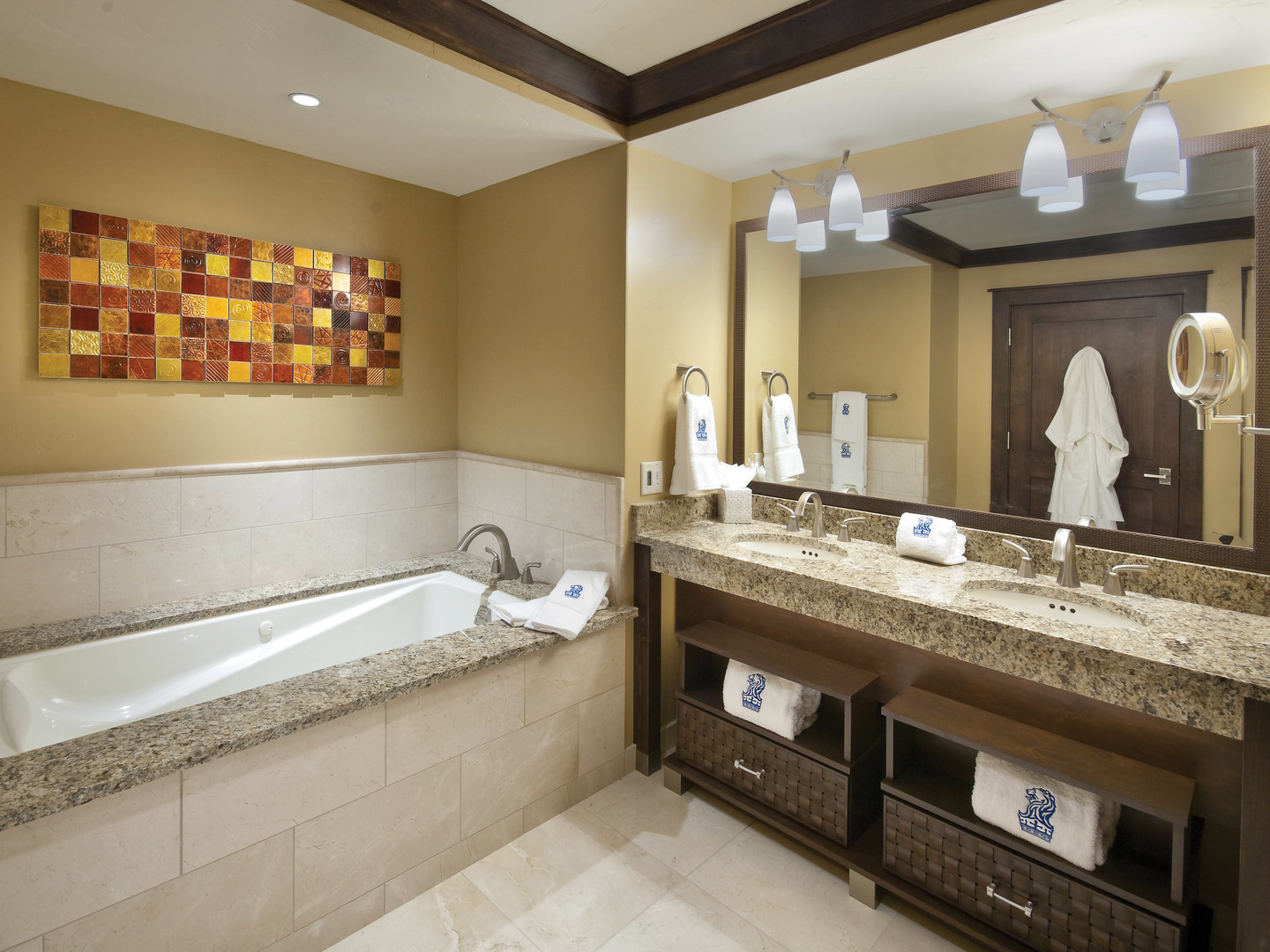 The Ritz-Carlton Club<span class='trademark'>®</span>, Lake Tahoe Residence Master Bathroom. The Ritz-Carlton Club<span class='trademark'>®</span>, Lake Tahoe is located in Truckee, California United States.