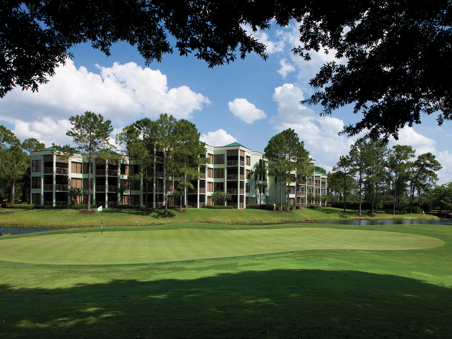 Marriott's Royal Palms The 16th Hole. Marriott's Royal Palms is located in Orlando, Florida United States.