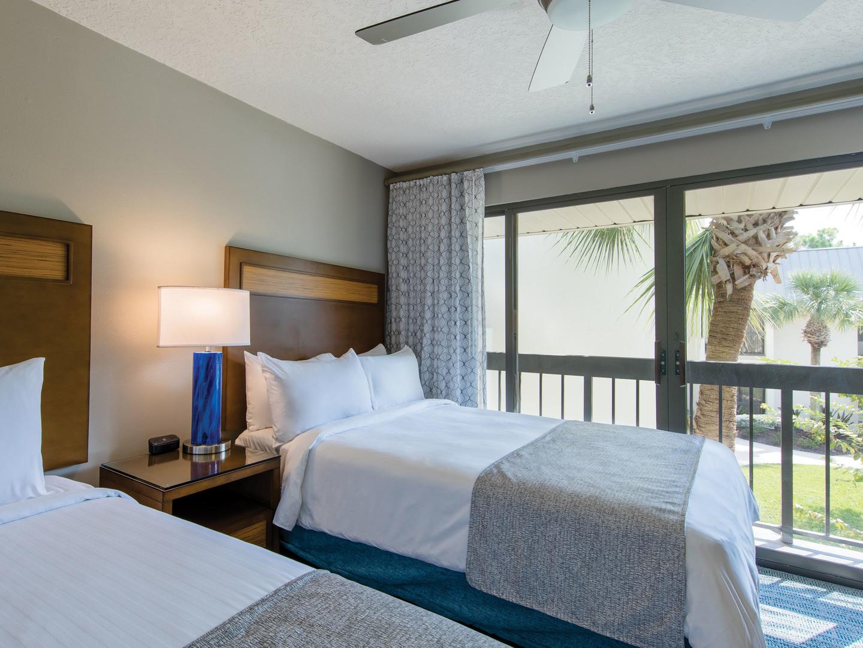 Marriott's Sabal Palms 2-Bedroom Villa Guest Bathroom. Marriott's Sabal Palms is located in Orlando, Florida United States.