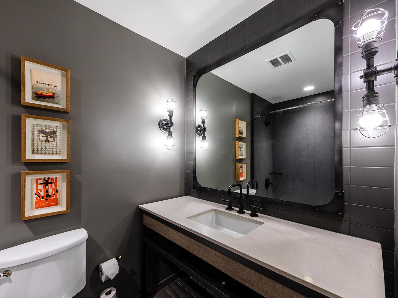 Marriott Vacation Club Pulse<span class='trademark'>®</span>, San Francisco Guestroom Bathroom. Marriott Vacation Club Pulse<span class='trademark'>®</span>, San Francisco is located in San Francisco, California United States.