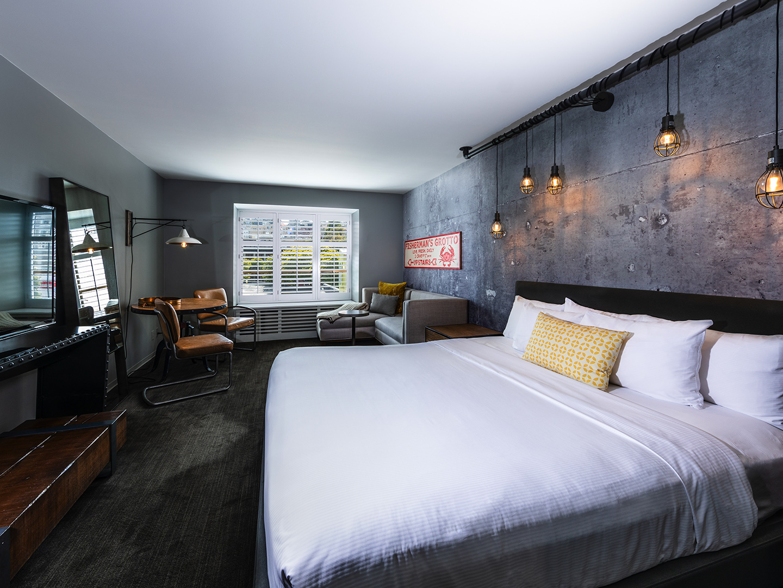 Marriott Vacation Club Pulse<span class='trademark'>®</span>, San Francisco Guestroom Urban View. Marriott Vacation Club Pulse<span class='trademark'>®</span>, San Francisco is located in San Francisco, California United States.