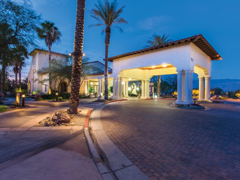 Marriott's Shadow Ridge Porte Cochere. Marriott's Shadow Ridge is located in Palm Desert, California United States.