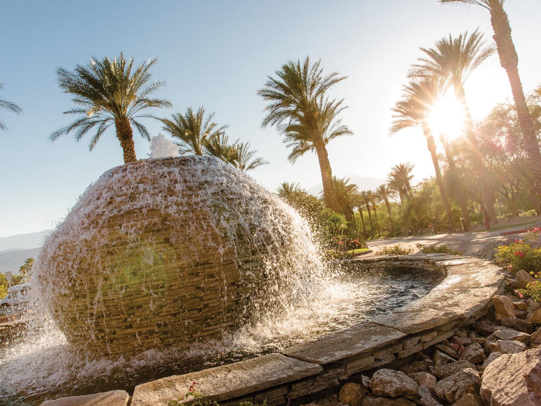 Marriott's Shadow Ridge Fountain. Marriott's Shadow Ridge is located in Palm Desert, California United States.