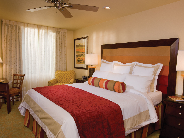 Marriott's Shadow Ridge Villa Master Bedroom (The Villages). Marriott's Shadow Ridge is located in Palm Desert, California United States.