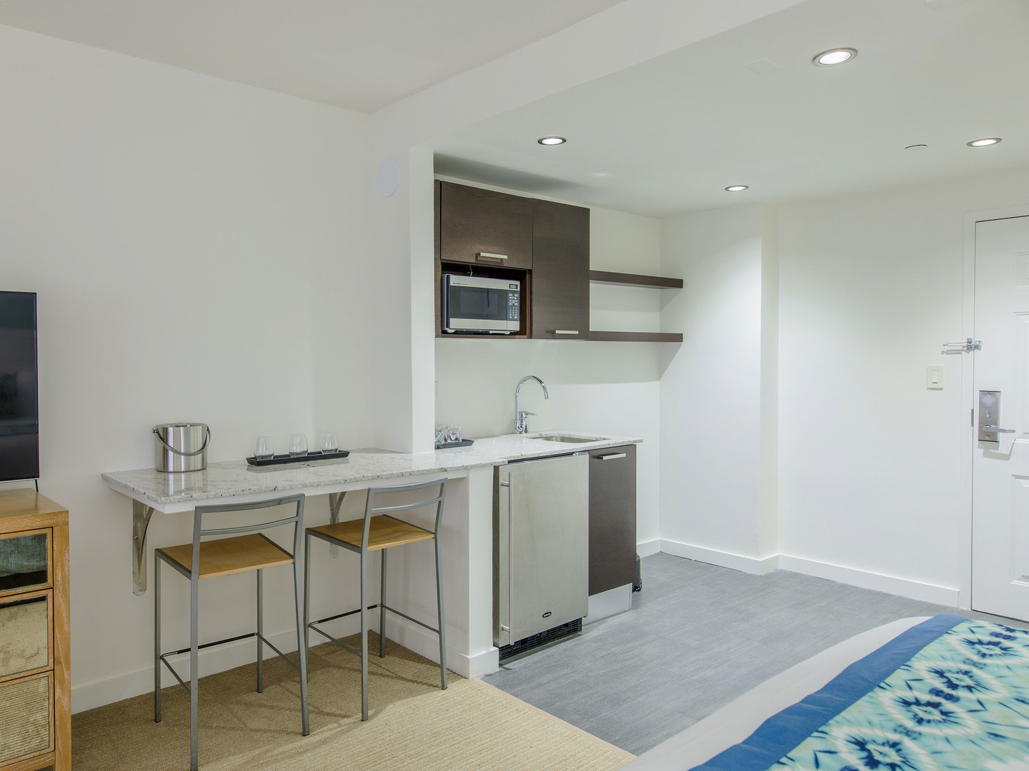 Marriott Vacation Club Pulse<span class='trademark'>®</span>, South Beach Kitchenette. Marriott Vacation Club Pulse<span class='trademark'>®</span>, South Beach is located in Miami Beach, Florida United States.