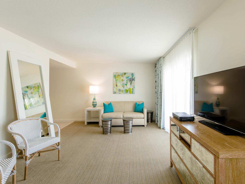 Marriott Vacation Club Pulse<span class='trademark'>®</span>, South Beach Studio Living Room. Marriott Vacation Club Pulse<span class='trademark'>®</span>, South Beach is located in Miami Beach, Florida United States.
