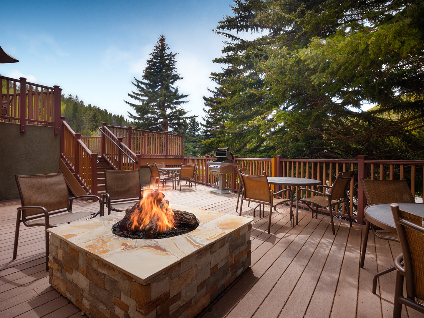 Marriott's StreamSide - Birch Fire Pit. Marriott's StreamSide - Birch is located in Vail, Colorado United States.