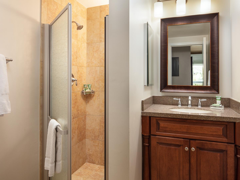 Marriott's StreamSide - Birch 1 & 2 Bedroom Loft/Guest Bathroom, Douglas. Marriott's StreamSide - Birch is located in Vail, Colorado United States.