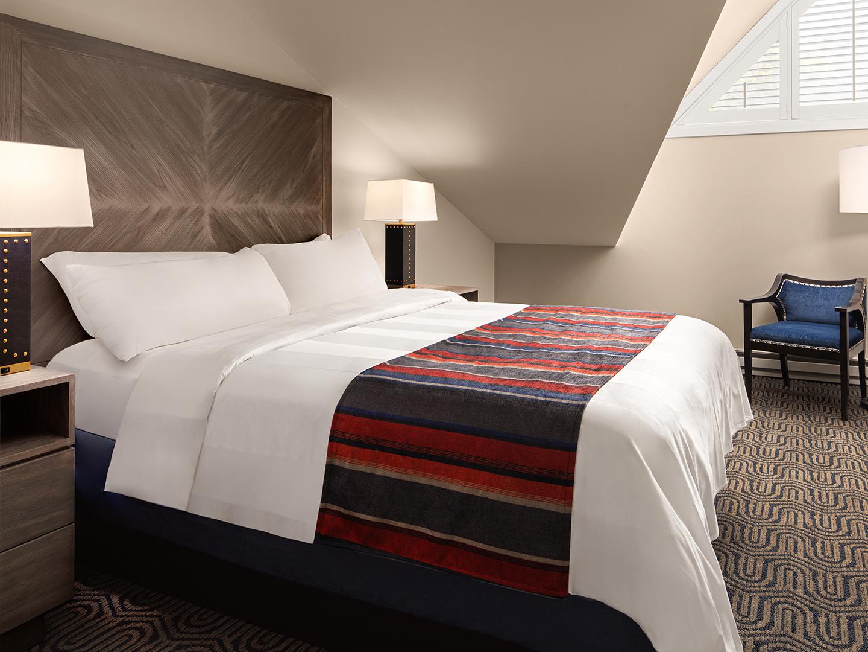 Marriott's StreamSide - Birch 2-Bedroom Loft/Bedroom, Douglas. Marriott's StreamSide - Birch is located in Vail, Colorado United States.