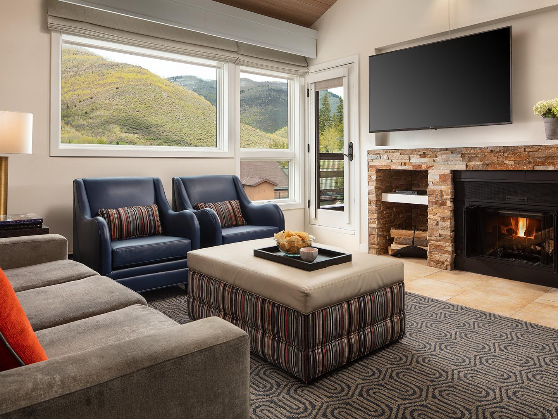 Marriott's StreamSide - Birch 1-Bedroom Living Room, Douglas. Marriott's StreamSide - Birch is located in Vail, Colorado United States.