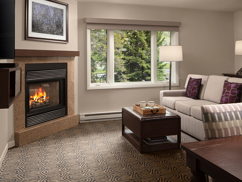 Marriott's StreamSide - Birch 1-Bedroom Living Room, Birch. Marriott's StreamSide - Birch is located in Vail, Colorado United States.